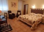 logis-hotel-de-la-paix-lodeve-1